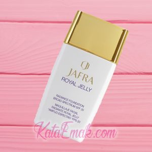 Jafra Royal Jelly Radiance Foundation SPF 20